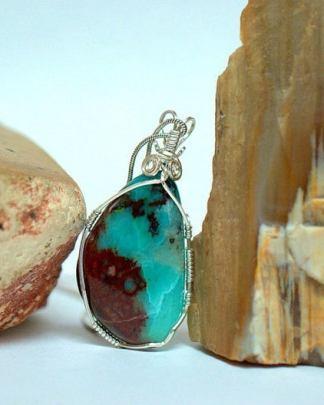 Intense blue, Gem Silica necklace pendant