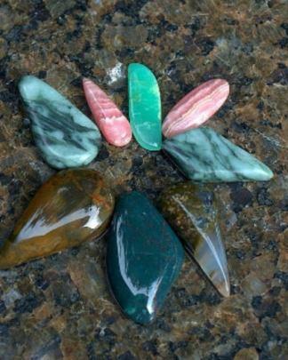 Semi precious stones, mix coboshon lot, for pendant making