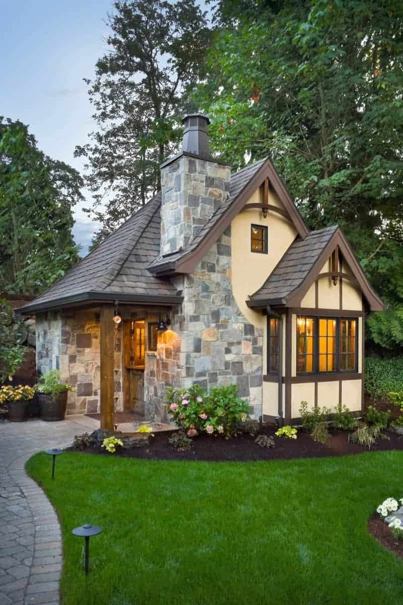 what is a granny flat Tudor house
