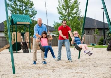 sc-parks-playgroundswings-171003cwa0619