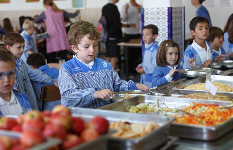 Cocina y Comedor del Colegio Sagrada Familia de Elda