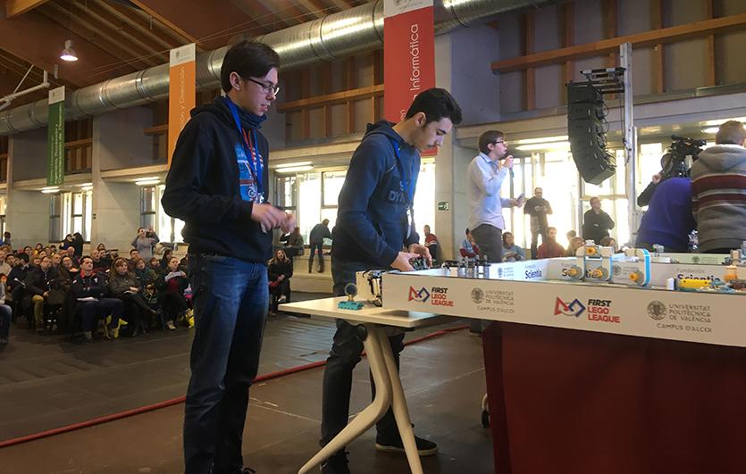 Segundo-premio-Mejor-Diseño-Robot-First-Lego-League-Colegio-Sagrada-Familia-de-Elda