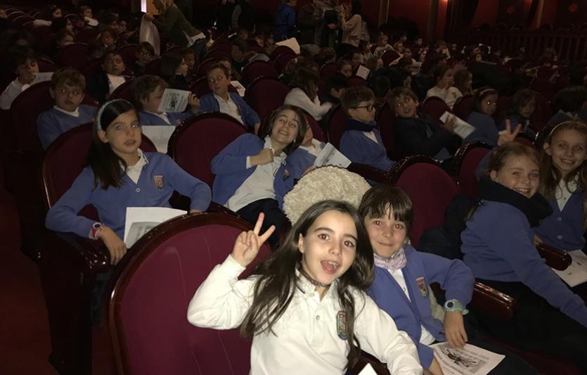 Concierto-pedagógico-guitarra-Colegio-Sagrada-Familia-de-Elda