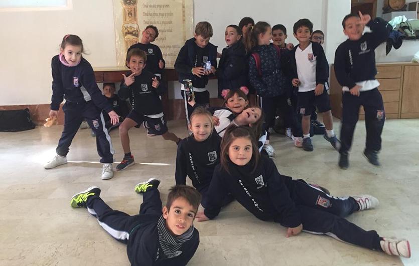 Convivencia-Orito-Colegio-Sagrada-Familia-de-Elda