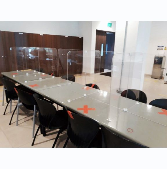 Covid-19 acrylic panels - Office Furniture Dubai
