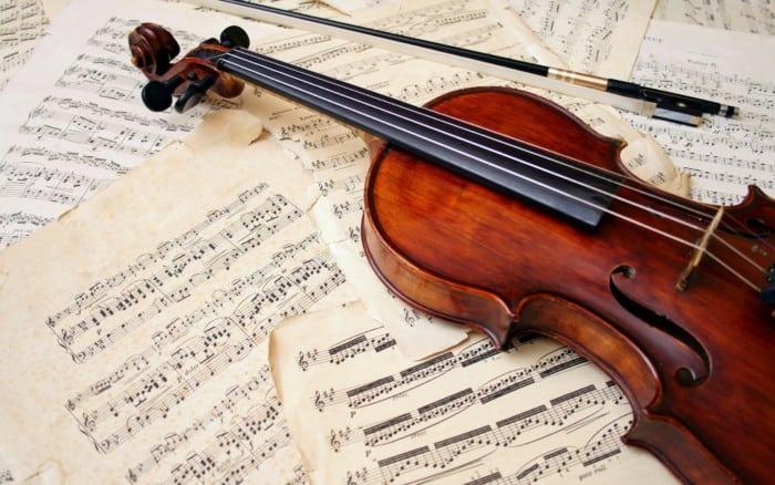 Alat Musik Melodis di Gesek