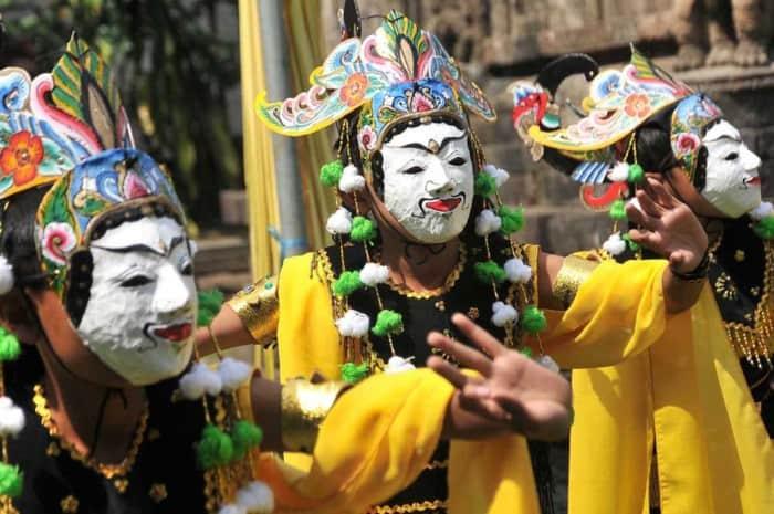 Tarian Daerah Lampung