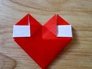 Membuat Bunga dari Origami