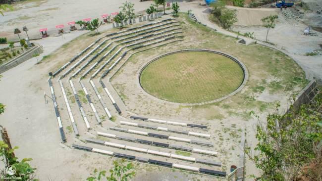 Panggung pertunjukan / amphitheatre