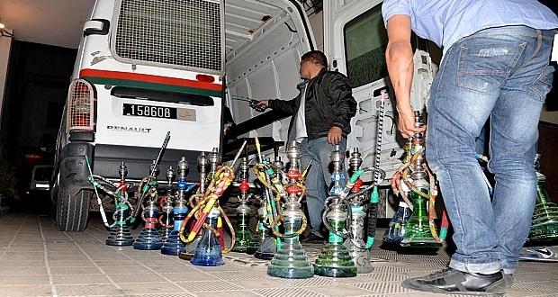 خطير: ترويج الشيشة بالمقاهي بفاس يسفر عن اعتقال شرطي و 5 آخرين