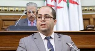 وزير البريد يعتذر من الجزائريين بعد تصريحاته العنصرية