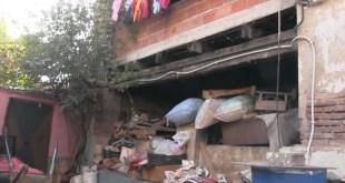 مؤلم ... ساكنة الحروش يعيشون في خوف مستمر من سقوط منازلهم