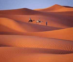 camel trek from marrakech to fes