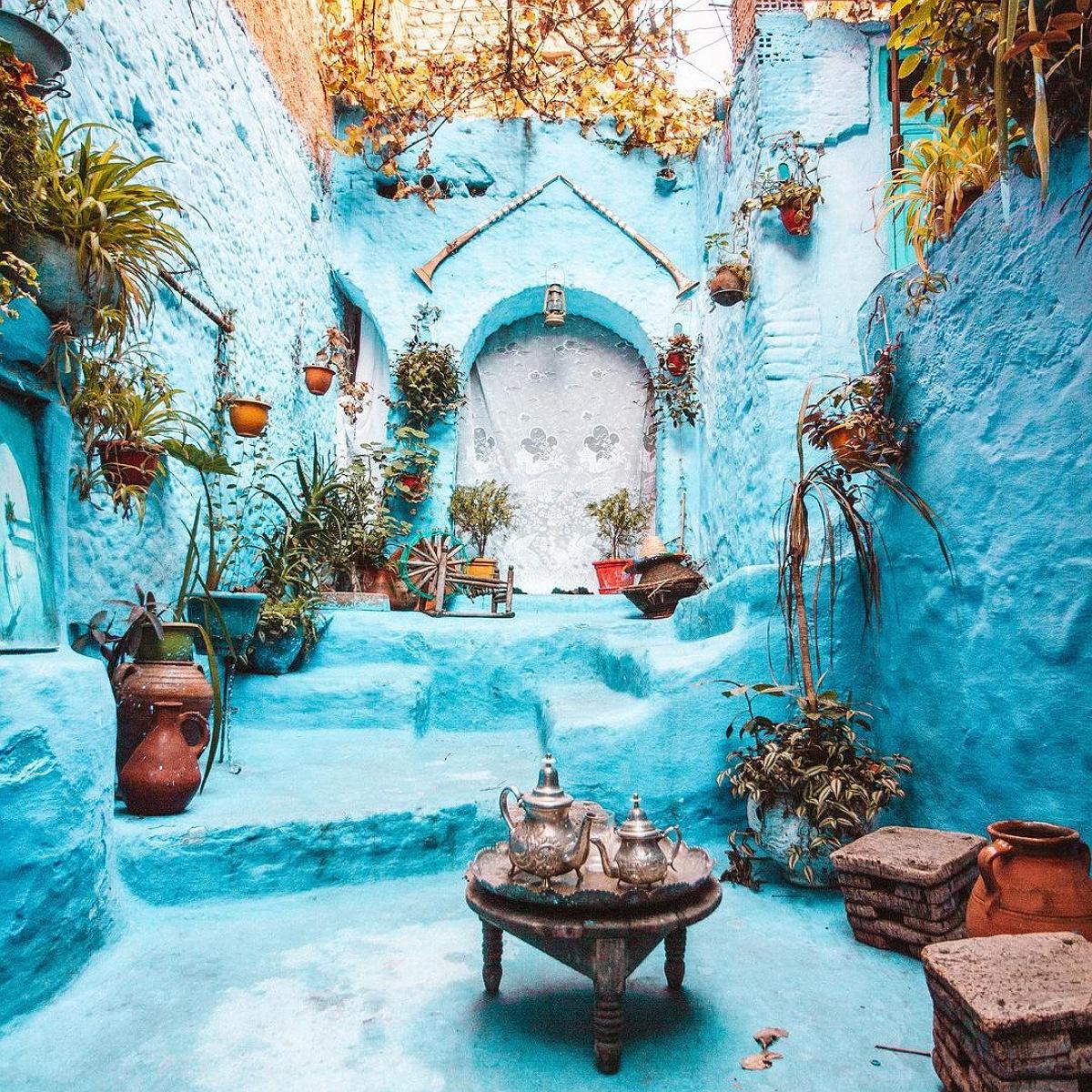 4 days tour from marrakech to chefchaouen via sahara desert