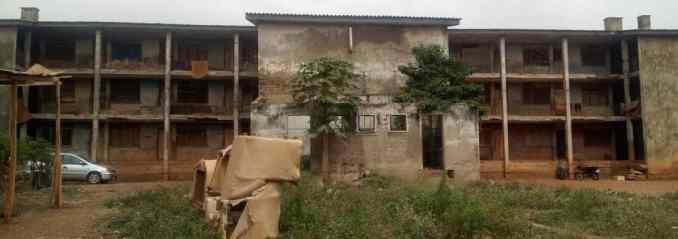 Oda barracks, Adekunle Ajasin road, behind Officers mess, Akure.