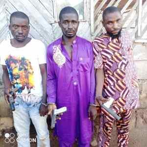 Commotion As Oniraniken, Oba Adeniji Stockpiles Arms For Land Grabbers