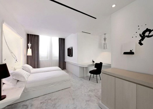 The-Club-Luxury-Hotel-in-Singapore-9