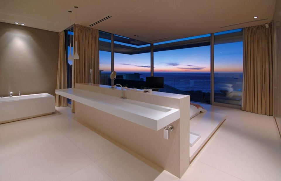 FirstCrescent597_1 Int75_Bed3Bath_006_wg_SAOTA_0