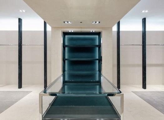 cn_image.size.balenciaga-manhattan-flagship-04-interior-space-displays