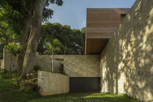 3-Arthur-Casas-casa-AL-rio-brazil-photo-fernando-guerra