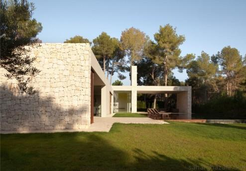 024-el-bosque-house-ramon-esteve-estudio-1050x729