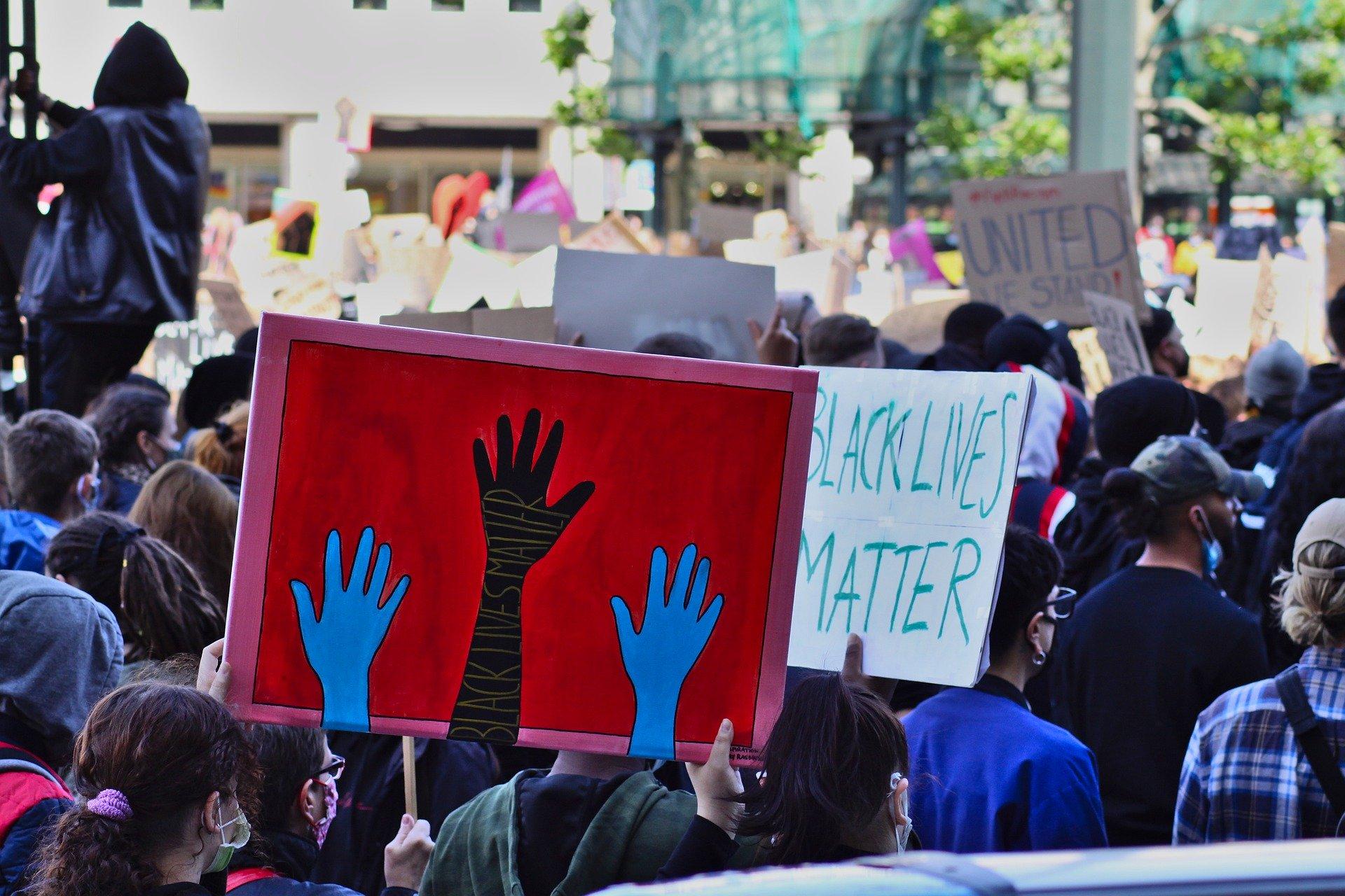 Violence policière : George Floyd pourrait incarner la figure de la lutte anti-raciste