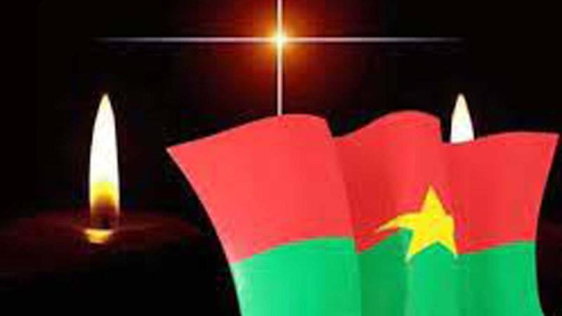 Au Burkina, un deuil national de trois jours après l'attaque terroriste qui a fait plusieurs victimes civiles et militaires