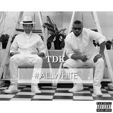 Top Dogg ft Lungelo - All White Party