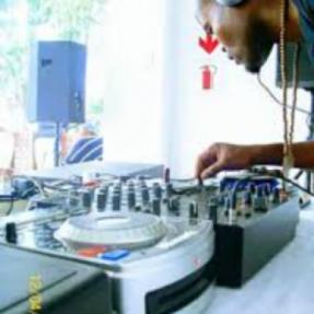 DJ Stiqa & Zeepo - Imali Yam Le