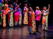 Soweto Gospel Choir - Different Colours, One People