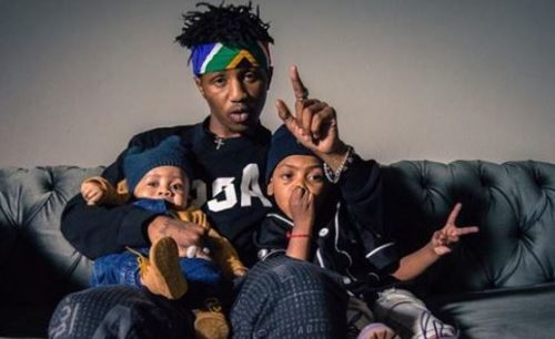 photo-emtee-works-in-studio-with-sons-avery-and-logan