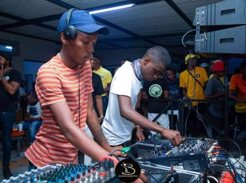 Skroef28 & Nkulee 501 - Top Dawg Sessions Mix