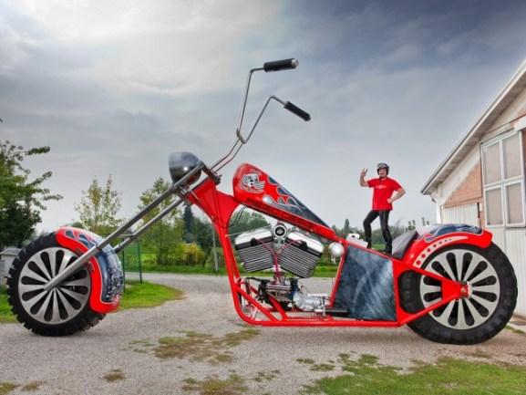 Mesin Terbesar di Dunia - Fabio Reggiani Motor Cycle