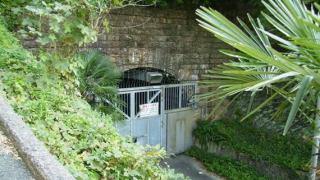 旧生駒トンネル