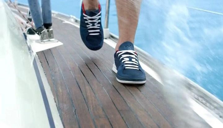 2-Abbigliamento_vela_scarpe