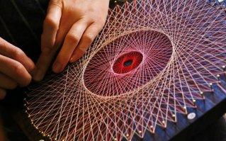 糸かけ曼荼羅アート