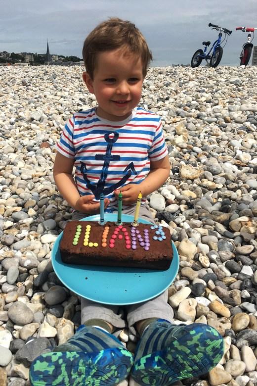 3 Geburtstag von Ilian