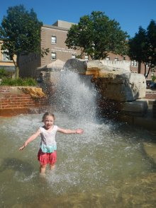 Turns out Fountain Park was appropriately named. Claire could have spent hours in here :)
