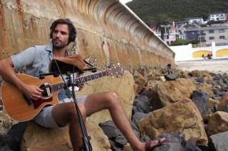 Gitarre: Andrew James (Südafrika)