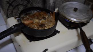 Und dazu gibt es fritierten Fisch