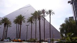 Las Vegas. Das erste Hotel ist doch zu teuer
