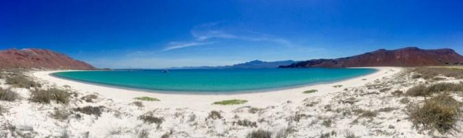 The beautiful beach at Isla San Francisco.