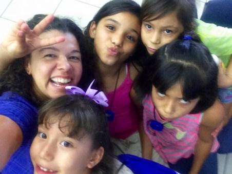 Viviane and the girls.