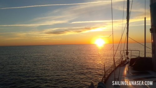 sailing luna sea cruising travel blog