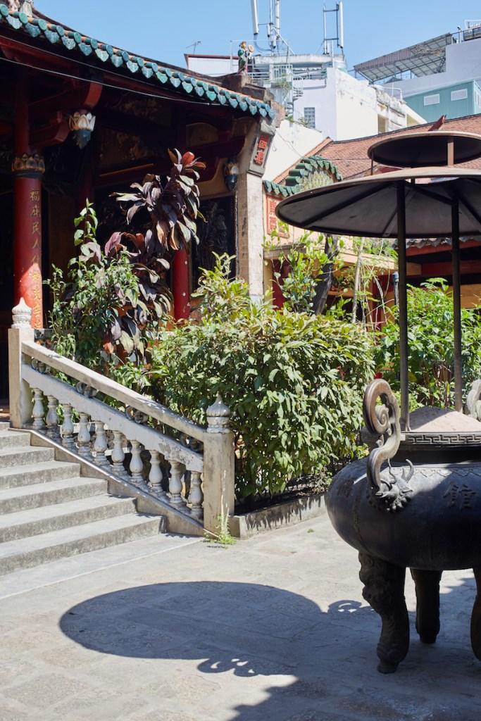 Chua Ong Bon Pagoda Cholon Market