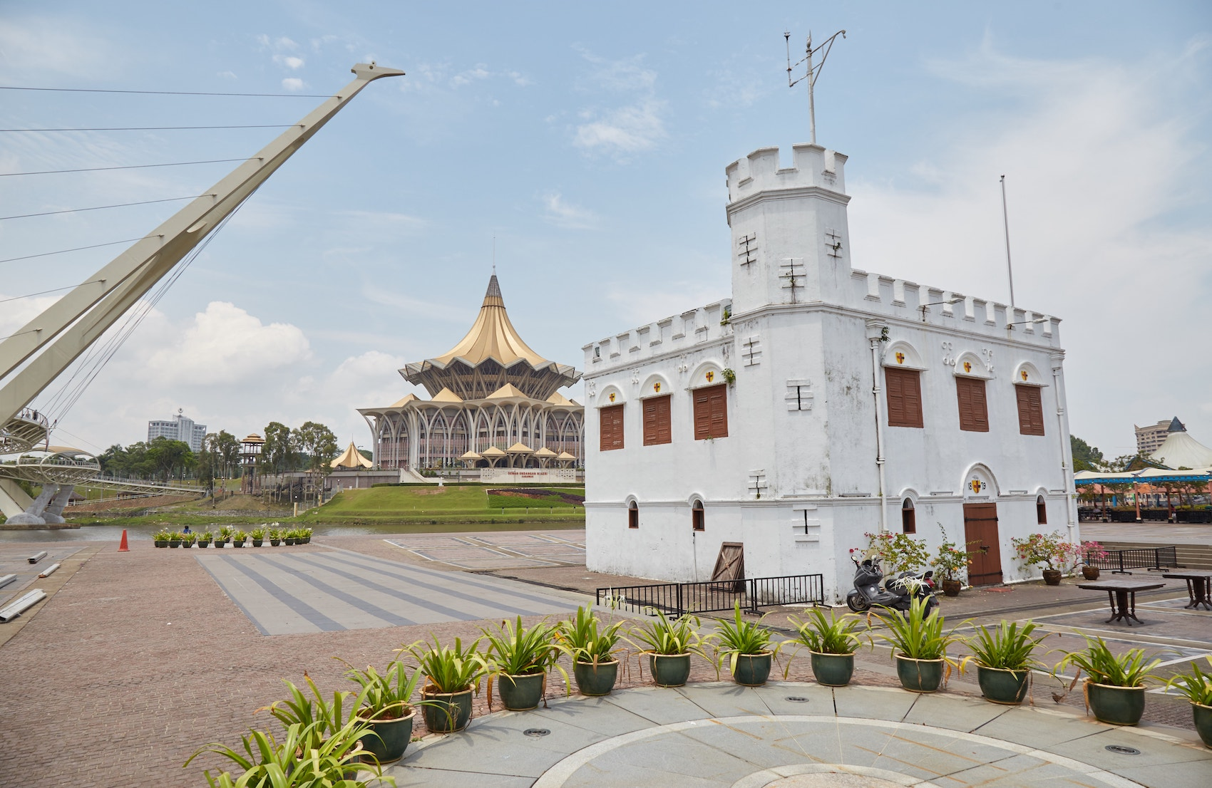 Square Tower Kuching White Rajas