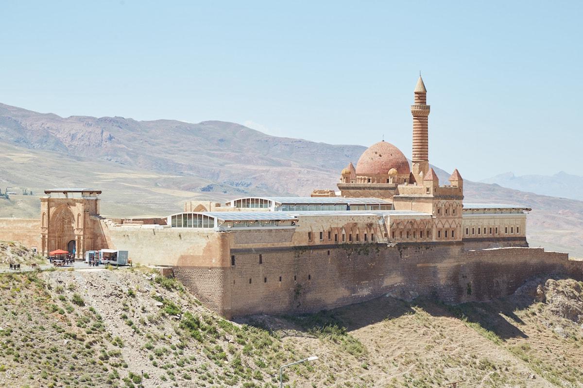 Ishak Pasha Palace Castle