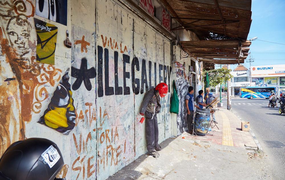 Illegal Street Art Indonesia