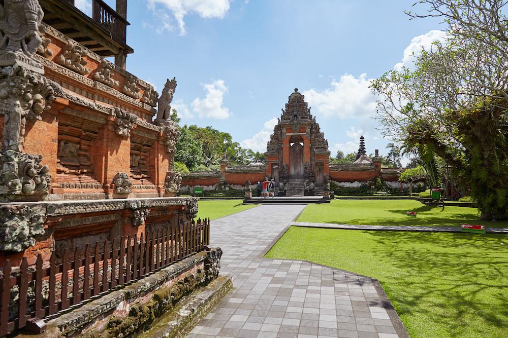 Jaba Pisan Balinese Temple