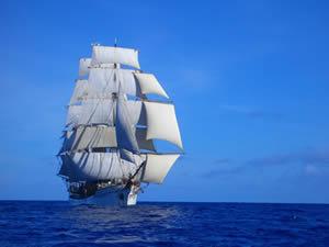 What Sails Should You Take Cruising?